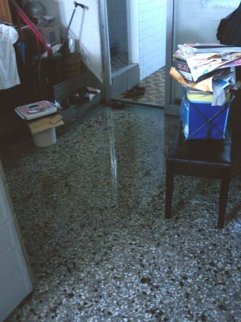 家裡淹水05.jpg