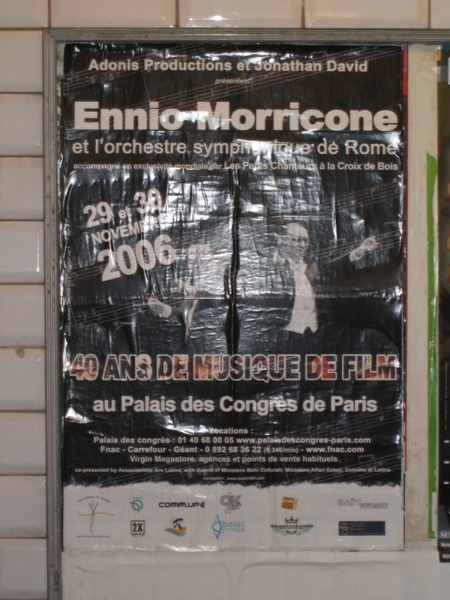 Post at Paris Metro.jpg