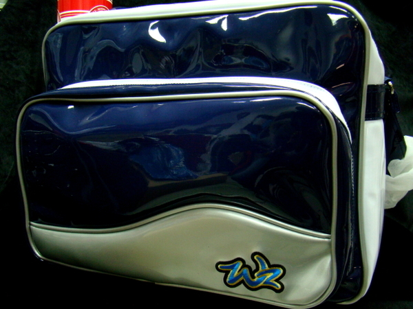 DA1300-03.JPG