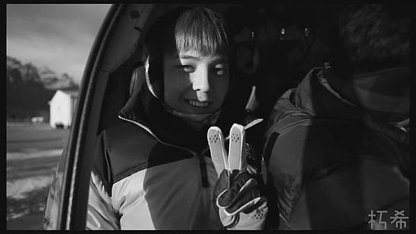 [N.YDest]BIGBANG - THE NORTH FACE (繁中字幕)[(000422)11-22-38].JPG