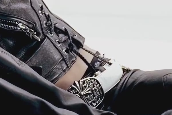 G-DRAGON - ONE OF A KIND M_V[13-55-23]