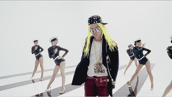 G-DRAGON - ONE OF A KIND M_V-1[11-38-57]