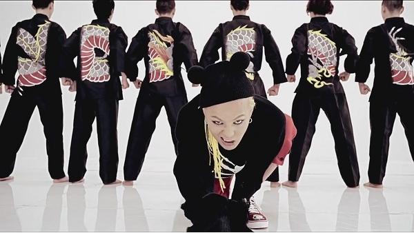 G-DRAGON - ONE OF A KIND M_V-1[12-01-33]