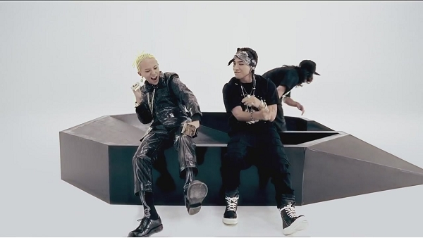 G-DRAGON - ONE OF A KIND M_V-1[12-29-11]