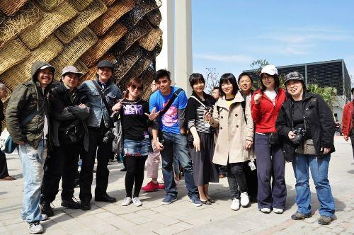 2010上海世博踩線團
