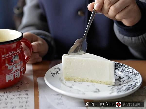 吃在西藏/黑青稞麵包 「西西結合」的藏族麵點2