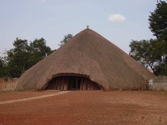 TombsBugandaKings_Uganda_01.jpg