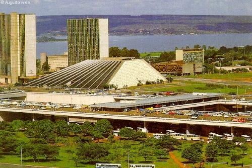 Brazil_National_Theatre_01.jpg