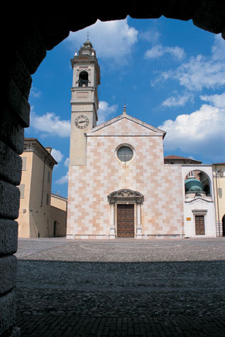 Mantua_Sabbioneta_Italy_14.jpg
