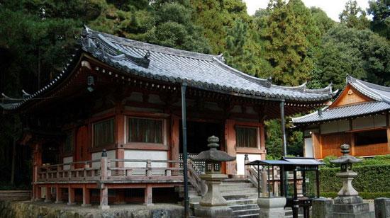 京都醍醐寺觀音堂燒燬05.jpg