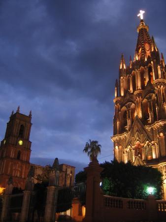 SanMiguel_Mexico_04.jpg