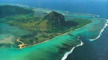 LeMorne_Mauritius_03.jpg