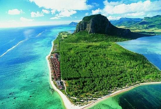 LeMorne_Mauritius_04.jpg