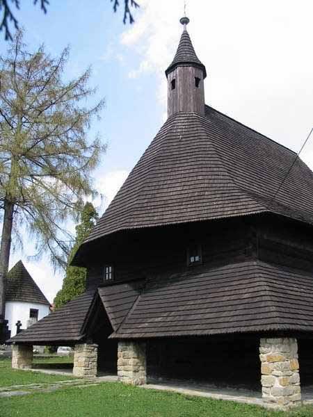 Wooden_Churches_Slovak_10.jpg