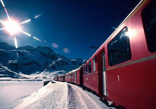 RhaetianRailway_SwissItaly_07.jpg