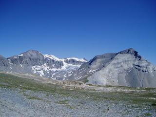 TectonicArenaSardona_Swiss_02.jpg
