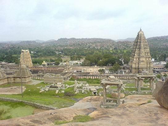 Hampi_India_01.jpg