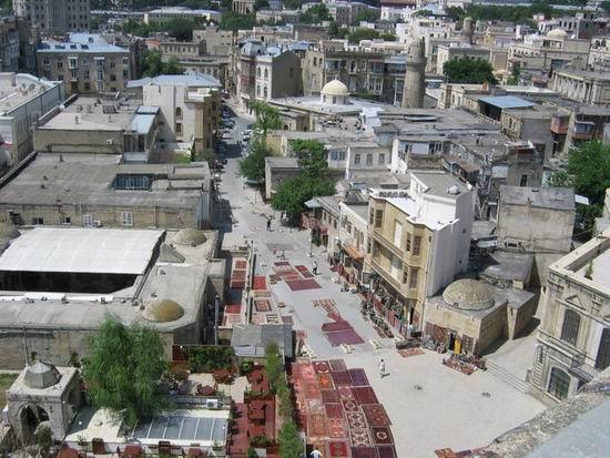 Baku_Azerbaijan_02.jpg