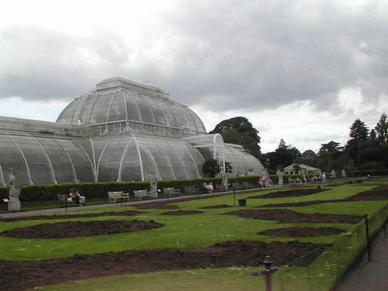 RoyalBotanicGardens_UK_01.jpg