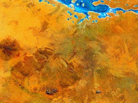 WH_SET_090909_02_UluruKata Tjuta.jpg