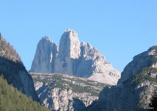Dolomits_Italy_10.jpg