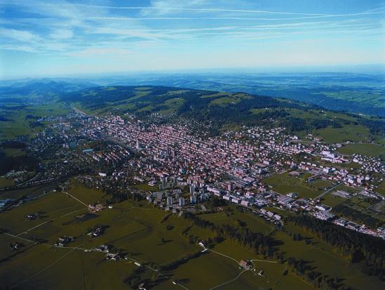 Clock_making_town_Swiss_LaChaux_de_Fonds_03.jpg