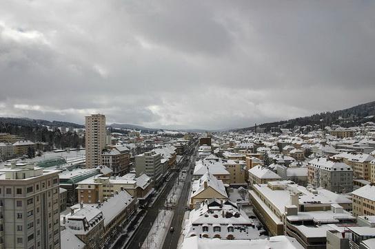 Clock_making_town_Swiss_LaChaux_de_Fonds_05.jpg