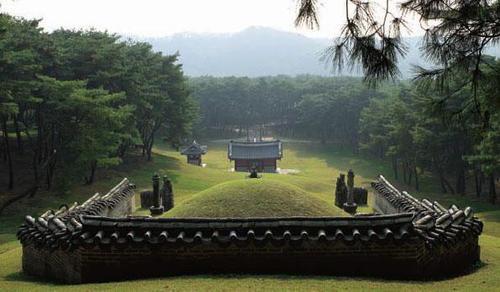 朝鮮王陵090603.jpg