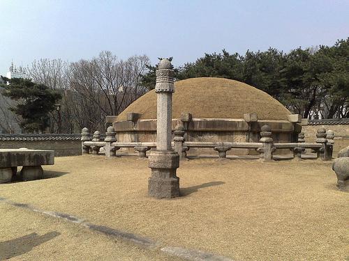朝鮮王陵090604.jpg