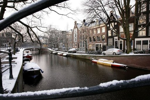 Canal AmsterdamSingelgracht_Netherlands_03.jpg
