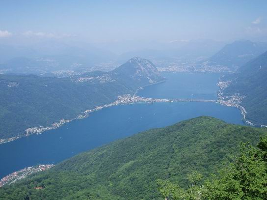 MonteSanGiorgio_Swiss_Italy_01.jpg