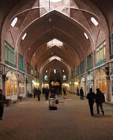 Tabriz_Bazaar_Iran_01.jpg