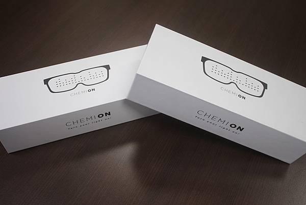 CHEMION-glasses_02.jpg