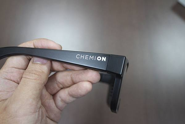 CHEMION-glasses_08.jpg