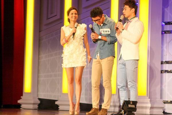 非常喜歡吳怡霈的選手吳東瀚,還對著她唱「說謊」