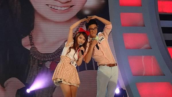 谷微和吳東翰在服裝上用心搭配 可愛俏皮的風格演出 讓評審都很喜歡