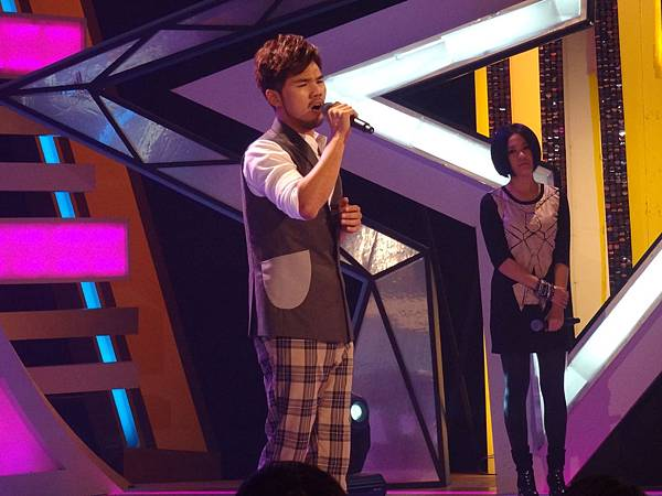 溫柔男聲林欣甫演唱「愛上一個不回家的人」撼動人心