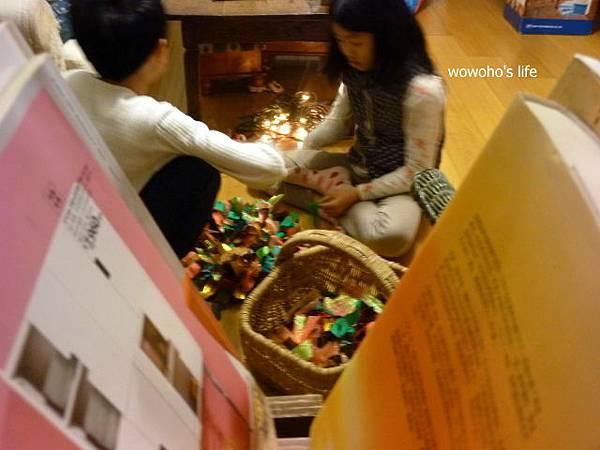 童安玩花圈