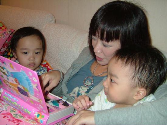 超可愛小天使双胞胎3歲生日