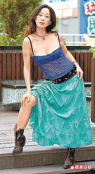 2005年的香娜Shenna