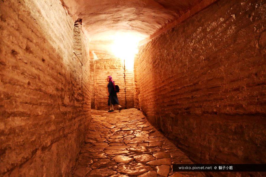 [土耳其.伊斯坦堡] 希臘女妖頭支撐地下水宮殿 (Basilica Cistern) + 聖索菲亞大教堂 (Hagia Sophia) | Day1-3
