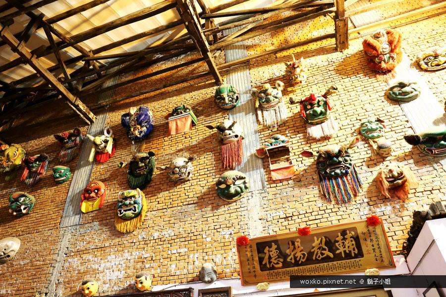 [雲林北港.景]  北港唯一留存的老戲院 – 振興戲院.日興堂餅鋪裡看布袋戲
