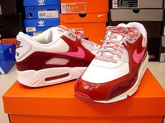 Nike air max 90 紅色亮皮 情人節 08新款.jpg