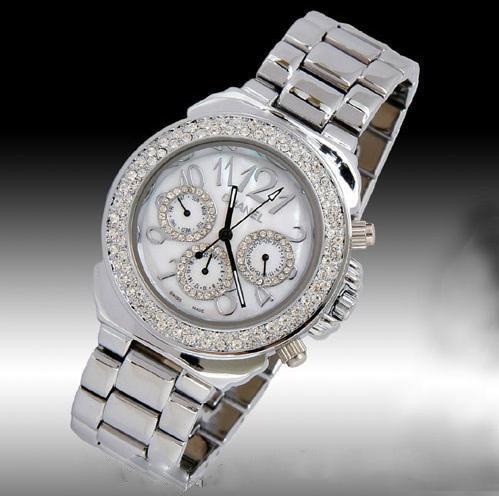 Chanel香奈兒 6針計時絕版銀色鑲鑽手錶.jpg