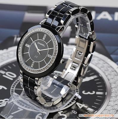 Chanel香奈兒高檔黑色環鑽腕手錶.jpg