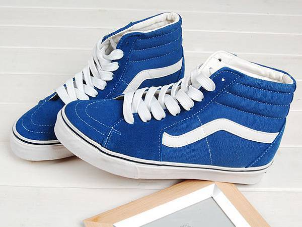VANS 時尚滑板鞋 高筒 藍白條 經典09熱銷基本款 情侶款.jpg
