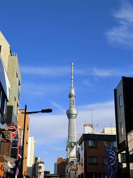 從淺草寺拍天空樹 (4)