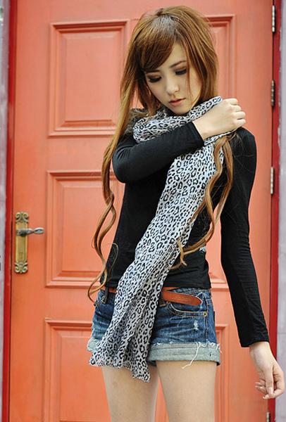 [91474]風格時尚流行 小豹紋 圍巾 -2色(白)(咖啡)