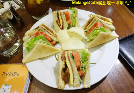 MelangeCafe06