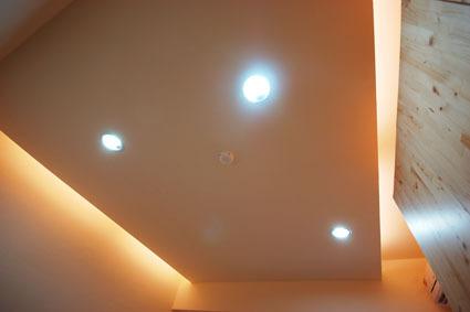 套房照明.jpg